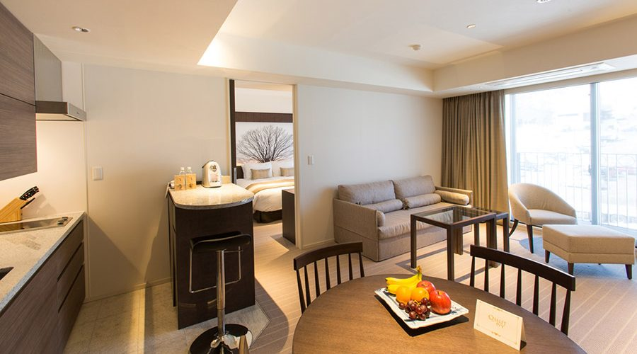 chalet-ivy-hirafu-rooms-and-suites-grand-deluxe-suite-3