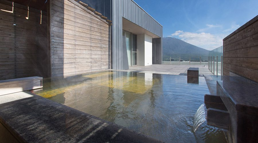 chalet-ivy-hirafu-rooms-and-suites-penthouse-3