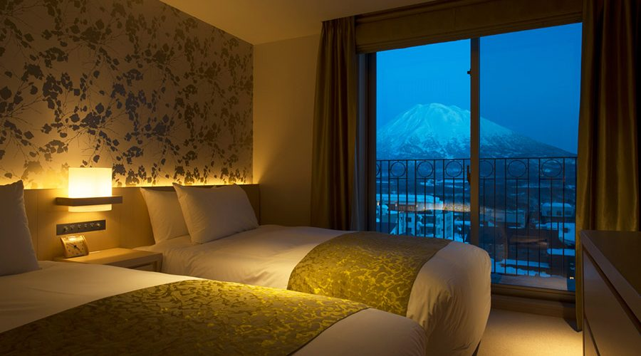 chalet-ivy-hirafu-rooms-and-suites-superior-room-mt-yotei-view